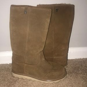 Winter boots- bear paw